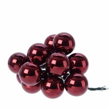 Hobby x donkerrode mini kerstballen kerststukje stekers glans