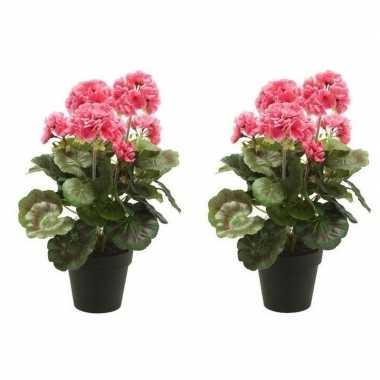 Hobby x kunstplanten geranium roze zwarte pot