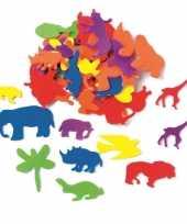 Hobby artikelen foam rubberen dieren gekleurd