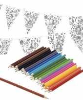 Hobby knutsel papieren vlaggenlijn om te kleuren m incl potloden