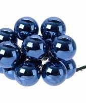Hobby x donkerblauwe mini kerstballen kerststukje stekers glans 10248180